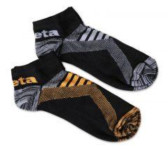 Beta 7431P Két pár sneaker zokni szellőző betétekkel Egy pár fekete/narancs és egy pár fekete/szürke színű zokni.