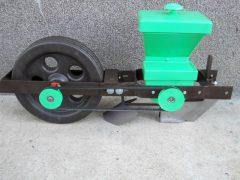 Gépi vetőelem (G2) (egy kerékkel)