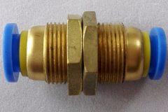 átvezető csatlakozó (dugaszolható), egyenes, 12mm